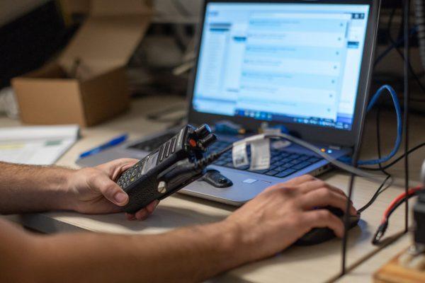 Assistência técnica especializada na Ideal Rádios